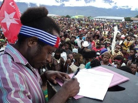West-Papuans-signing